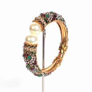 Classy Designer Wedding Fashion Bangles for Women in Red and Green-0