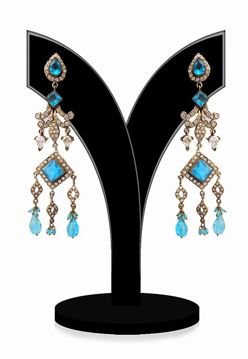 Classy Girls Victorian Earrings in Turquoise and White Beads-0