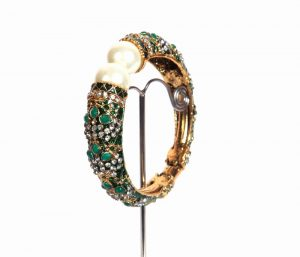 Gorgeous Designer Green Fashion Bangle With Stone Settings-0