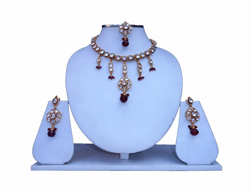 Stylish Designer Polki Necklace Set with Fancy Earrings and Maang Tika-0