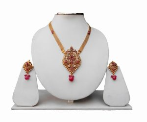 Maroon Ethnic Indian Pendant With Gorgeous Earrings For Girls-0
