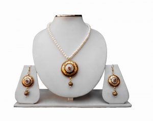 Buy Fashionable Pendant Set With Earrings For Girls-0
