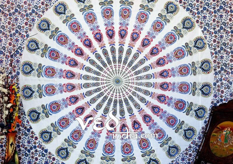 Bohemian Tapestry in White Mehandi Green