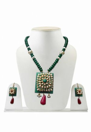 Attractive Green Pendant and Earrings Pacchi Jewelry Set for Weddings-0