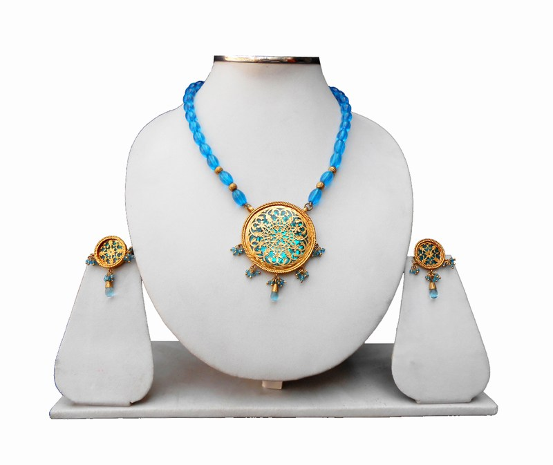Bridal Thewa Pendant and Designer Earrings Set in Turquoise Beads-0