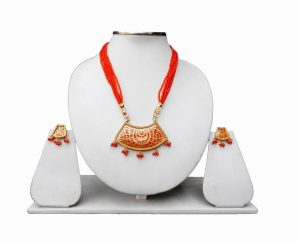 Jaipur Thewa Pendant and Earrings Jewelry Set in Red Beads for Weddings-0