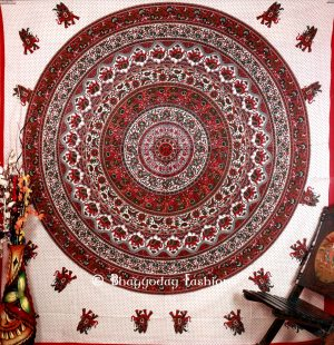 Red Round Lion Handlook Mandala Tapestry Festive Bedding Queen -0