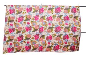 Buy Beautiful Handmade Quilts in Vibrant Color From India-0
