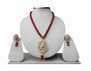 Indian Jewelry Pendant Set in Red Kundan Stones and Beads-0