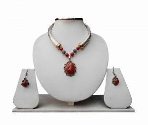 Semi Precious Red Stone Pendant Pipe Necklace Set with Earrings for Women-0