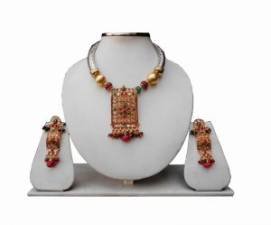 Elegant Pipe Necklace Set With Polki Pendant and Earrings in Green and Red Stones-0
